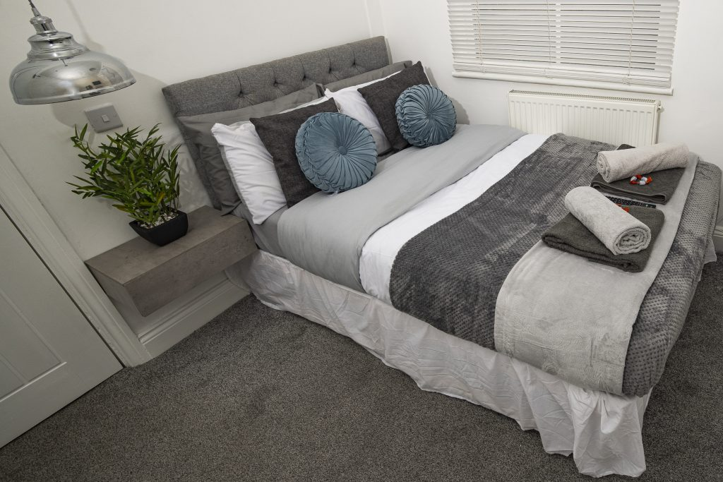 Workstays Serviced accommodation management company Roscoe house bedroom